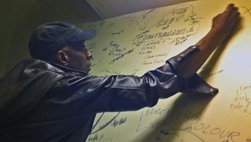 Keb Autograph